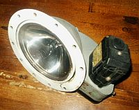 Twin Cessna Retractable Landing Light